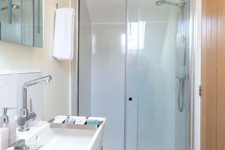 Molletts-Farm_Aldeburgh_Cottage_Bathroom_148