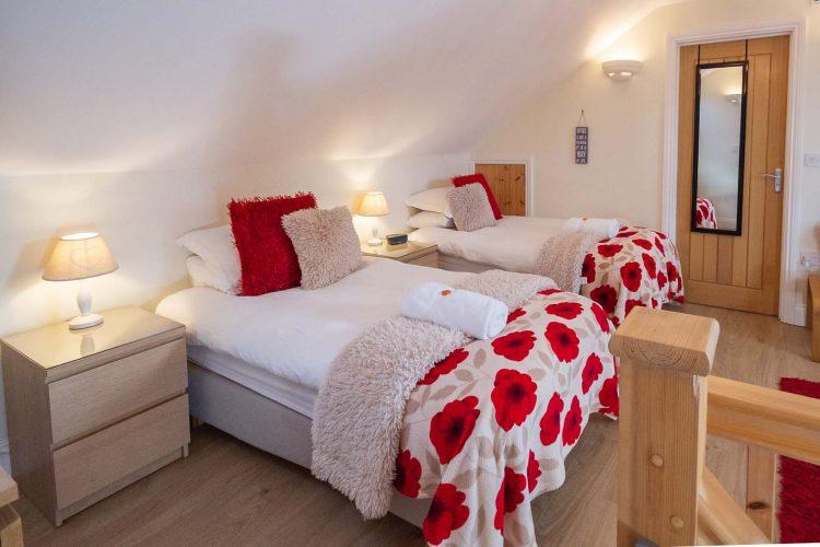 Molletts-Farm_Framlingham_Cottage_Bedroom_167